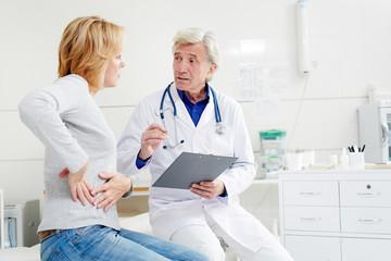 Врач, направляя пациента на КТ печени, дает рекомендации